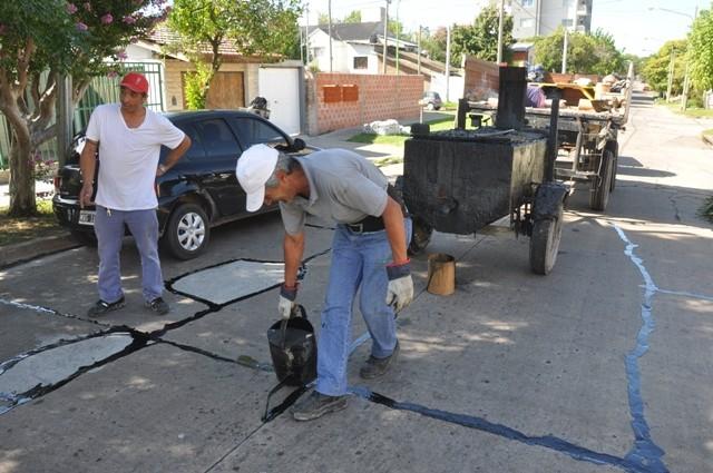 Siguen los trabajos para conservar el pavimento