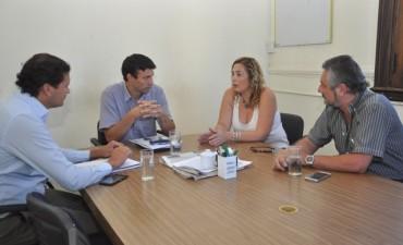 El Municipio y el bloque Cambiemos gestionan becas estudiantiles con Chevallier