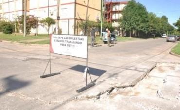 El Municipio continúa reparando las calles del casco urbano