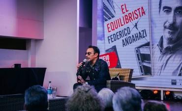 Federico Andahazi y Juan Tonelli presentaron sus libros