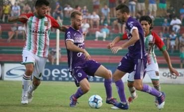 Agropecuario Argentino venció a Villa Dálmine en Carlos Casares por 2 a 1