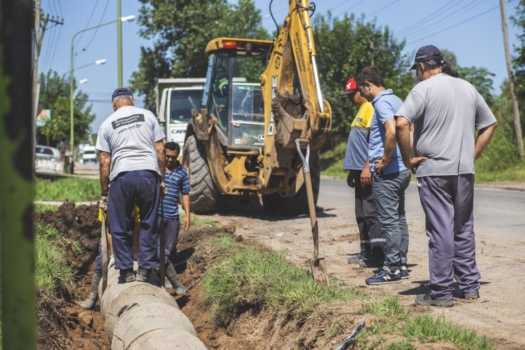 Ruta 4: comenzaron los trabajos para la instalación de un semáforo en la Escuela Primaria 4