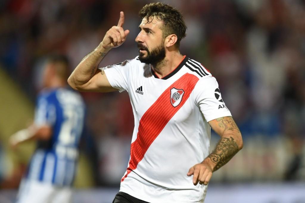 River Plate viaja a Rosario para ponerse al día mañana frente a Rosario Central