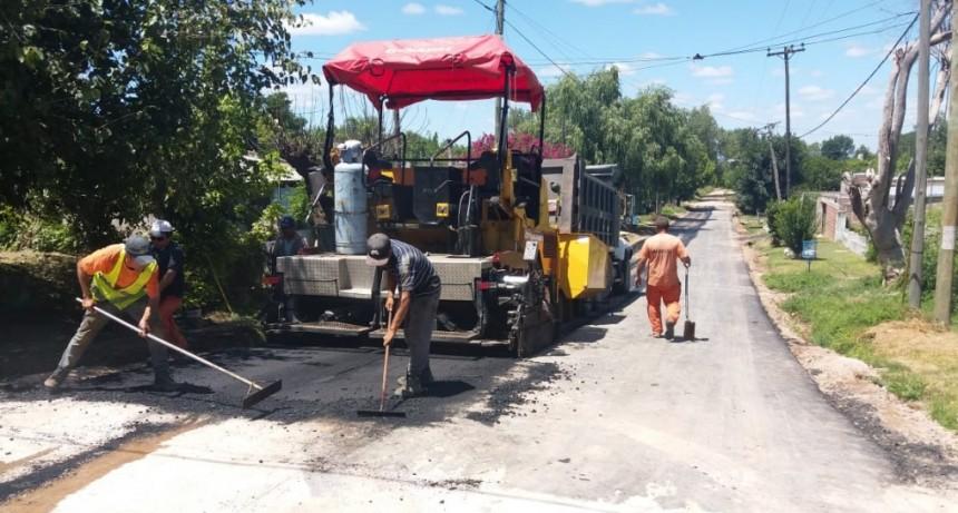 El Municipio puso en marcha una nueva obra de asfalto en Otamendi