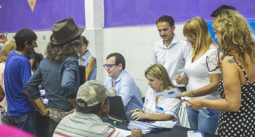 PAMI entregó credenciales a los afiliados de Dignidad y Don Manuel