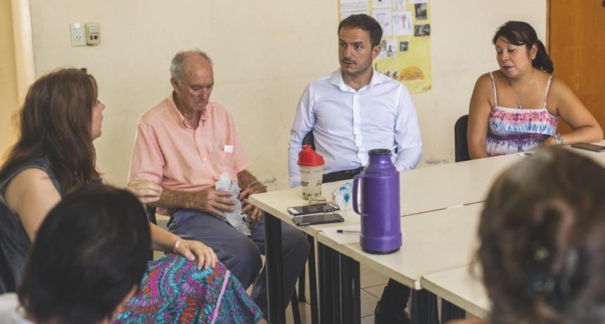 El intendente Abella visitó el CIC del barrio Lubo