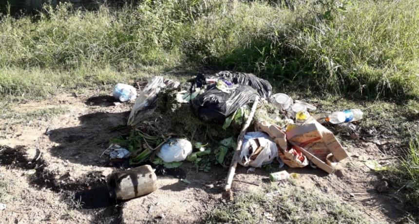 El Municipio solicita no tirar basura en la vía pública