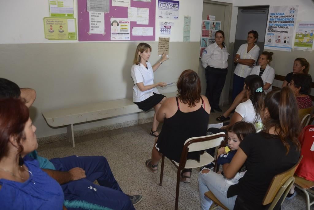 Dengue: continúan las charlas informativas y los operativos de descacharrización