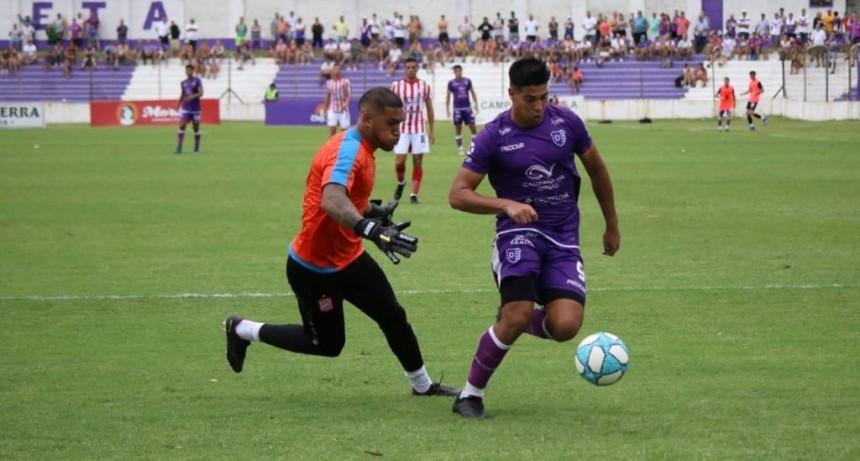 Sobre el final San Martin de Tucumán sorprendió a Villa Dálmine y le ganó 2 a 1