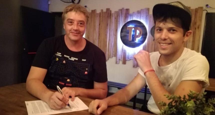 El elenco que dirige Gustavo Dappiano firmó contrato con el Teatro Porteño