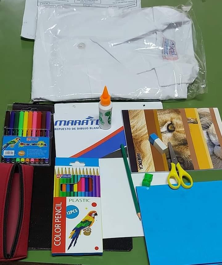 Entrega de Kits Escolares por parte del Sindicato de Trabajadores Municipales