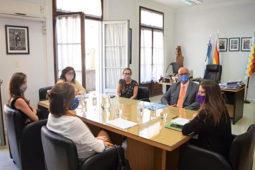 Gómez Alcorta se reunió con la embajadora de la Unión Europea y el coordinador residente de la ONU en Argentina
