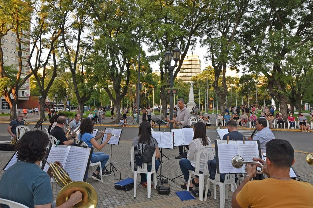 Música y danza al aire libre en una nueva propuesta para disfrutar en familia