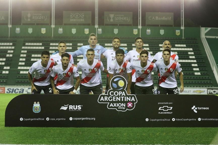 River Plate marcó presencia en su debut: goleó a Defensores de Pronunciamiento (ER)