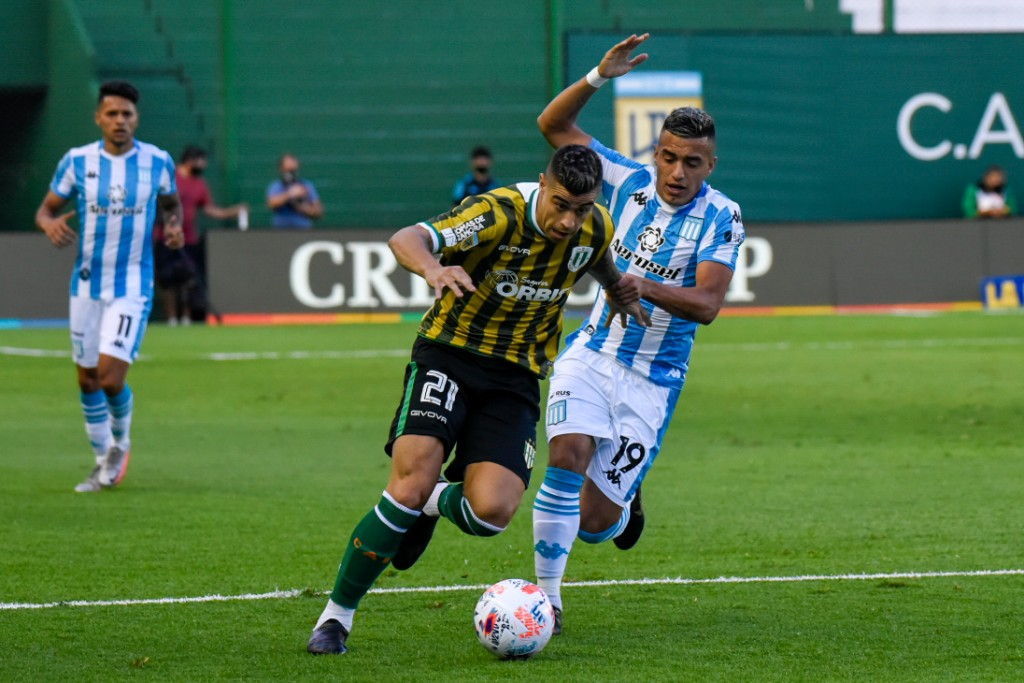 Racing Club defraudó en el debut