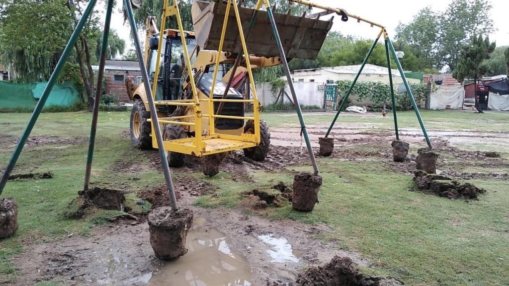 Continúan las tareas de mantenimiento de los espacios públicos