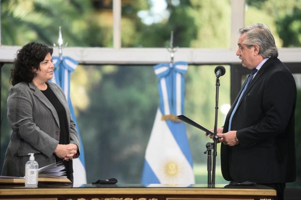 El Presidente le tomó juramento a Carla Vizzotti como ministra de Salud