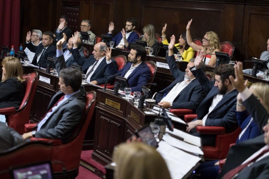 Senadores de Juntos por el Cambio piden que se cree un Registro Público de Vacunados y de Orden de Prioridades en Provincia