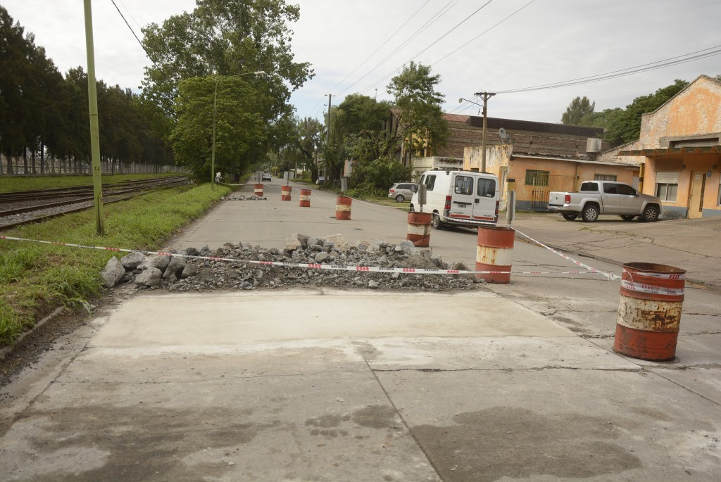Con foco en el mejoramiento de las calles, el Municipio lleva adelante el mantenimiento integral de la ciudad