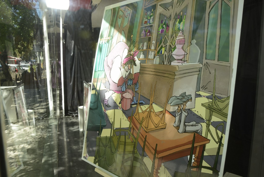 Se inauguró la muestra : La risa contra el vidrio de Joe Traghetti