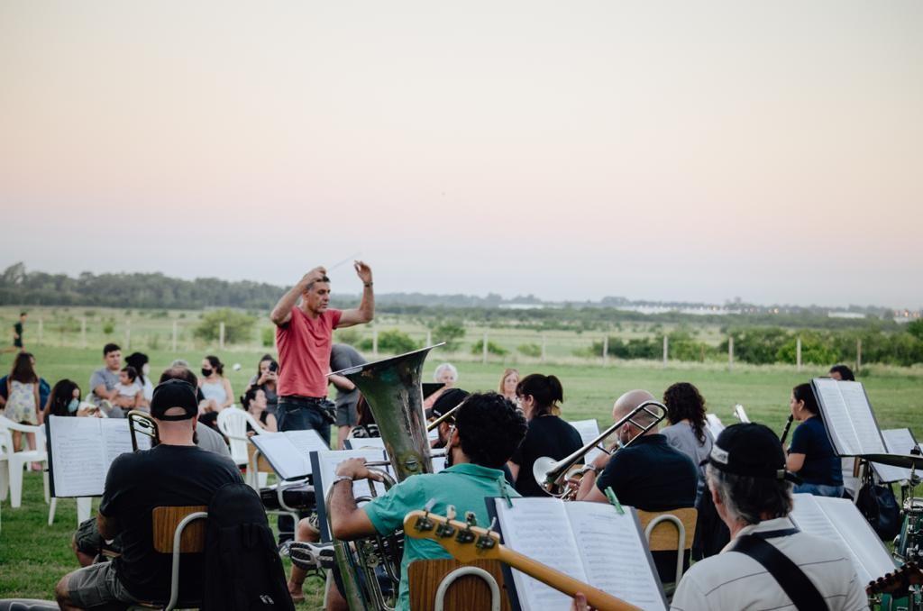 Por primera vez, la Banda Municipal realizó su tradicional ensayo abierto en Río Luján