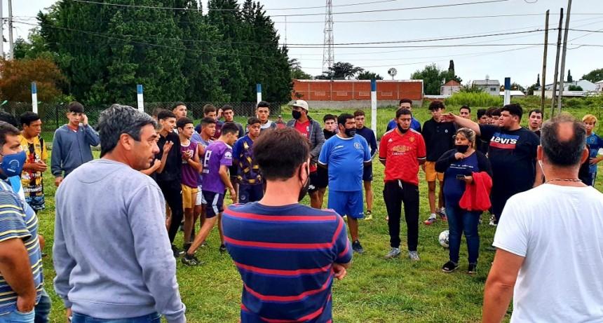 Alejo Sarna pidió apoyo para los clubes de barrio