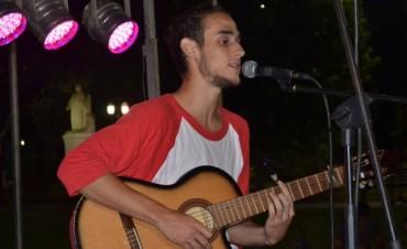Rodrigo Vallejos presenta un show acústico en la Casa Joven