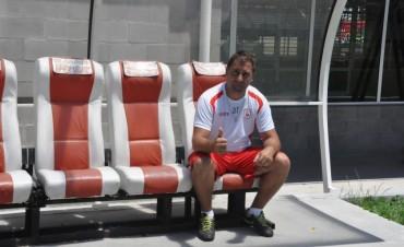 Walter Otta feliz por el triunfo del Deportivo Morón