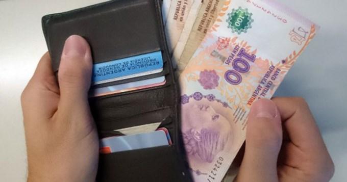 Una familia necesita $13.673,50 para no ser pobre