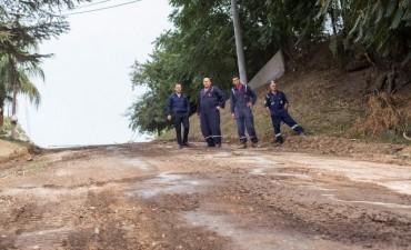 Comenzaron los trabajos de repavimentación de la barranca de los remeros