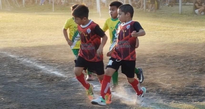 El Mundialito comenzó a disputar la Copa de Oro y Plata