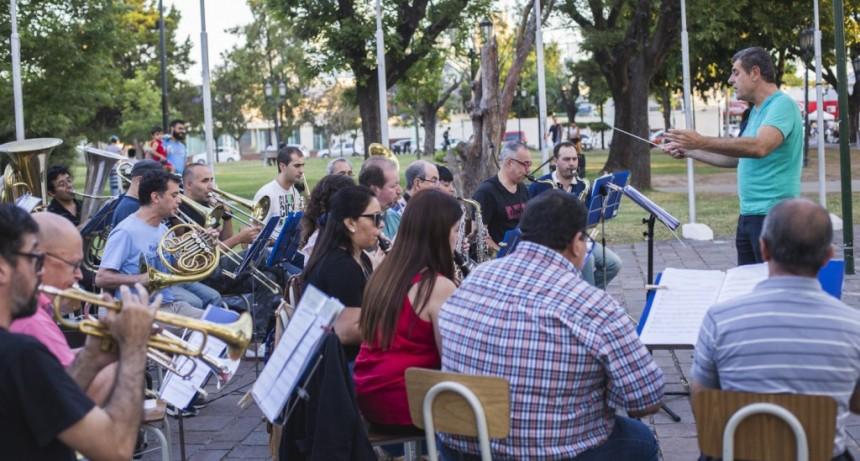 La Banda Municipal regresa a la plaza Eduardo Costa con un nuevo ensayo abierto