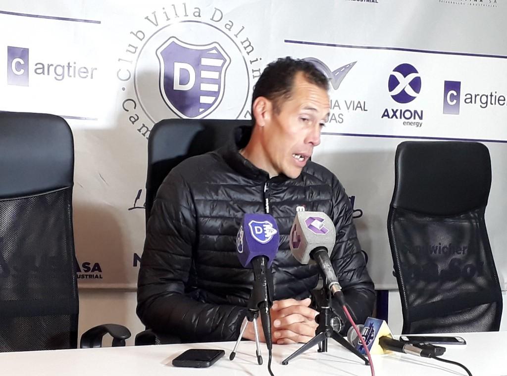 Lucas Bovaglio deja la dirección técnica de Villa Dálmine