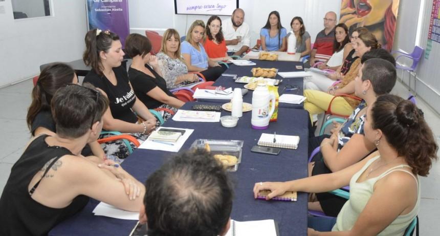 Referentes de Envión y funcionarios participaron de una mesa de trabajo