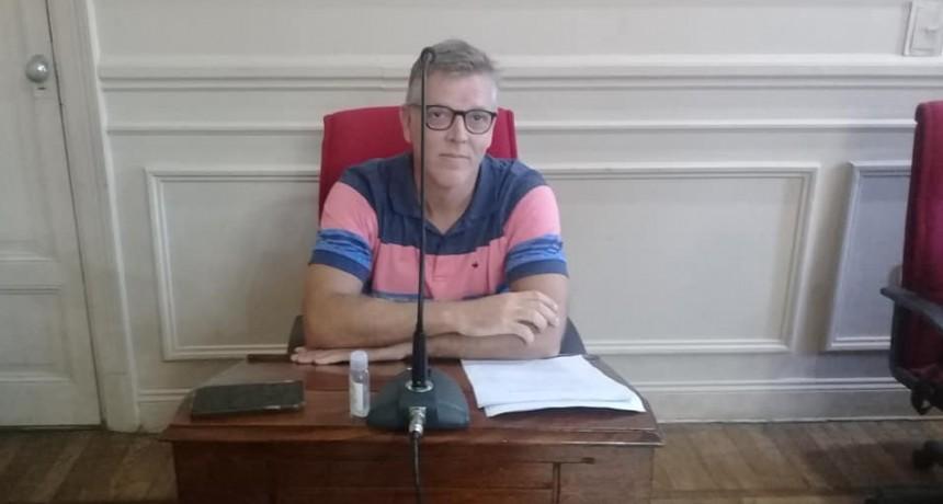 AXEL CANTLON SOLICIÓ SUSPENDER EL COBRO DE LA TASA A LOS COMBUSTIBLES  Y BOLETO DE COLECTIVO LOCAL