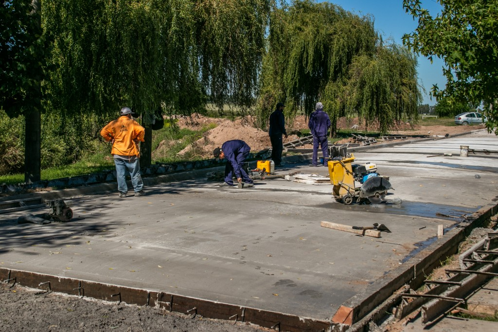 Avanza el plan de pavimentación en el barrio Héroes de Malvinas