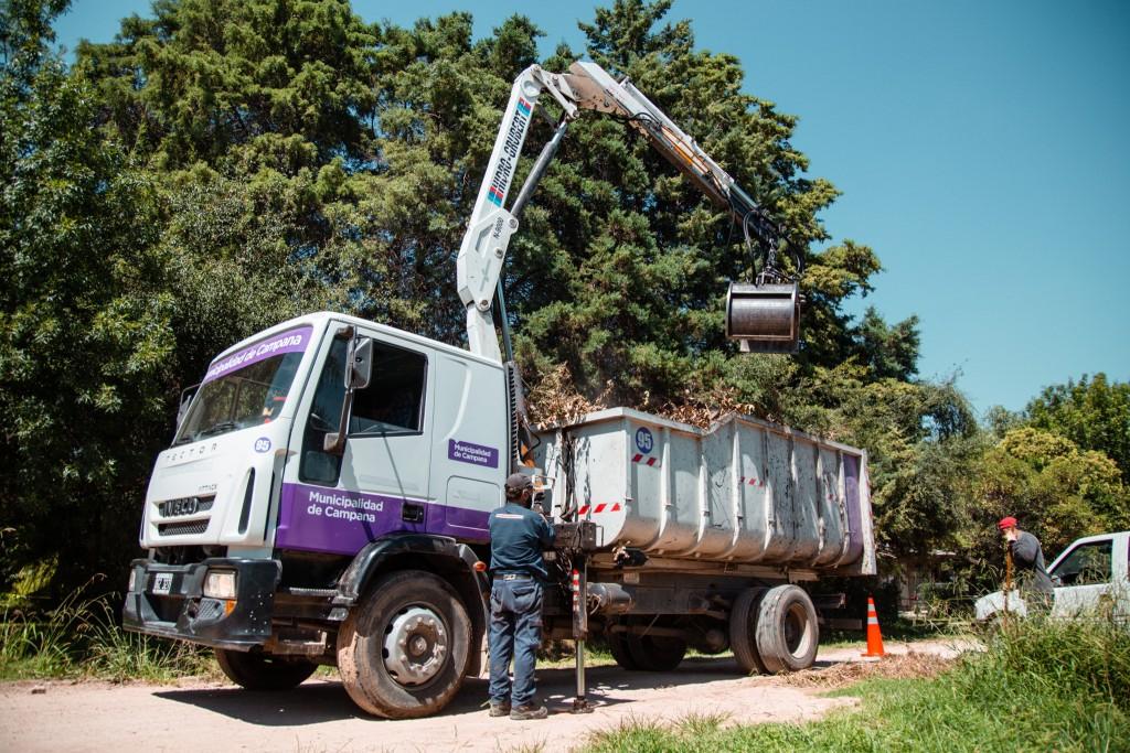 Los Pioneros: el Municipio continúa llevando adelante un importante operativo de mantenimiento integral