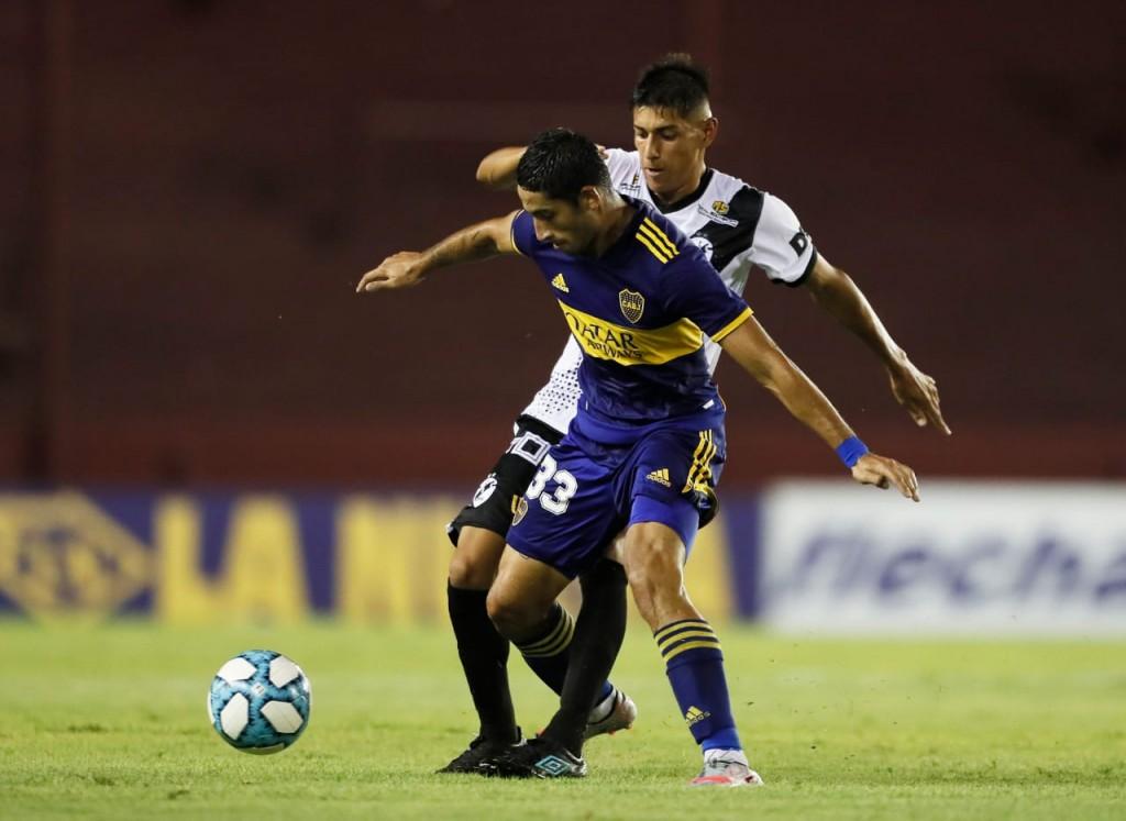 Boca Juniors derrotó a Claypole por 2 a 1