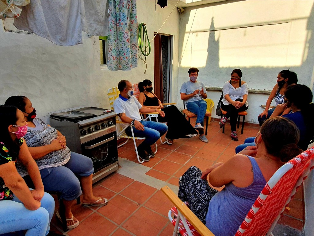 Alejo Sarna se reunió con emprendedoras de la ciudad