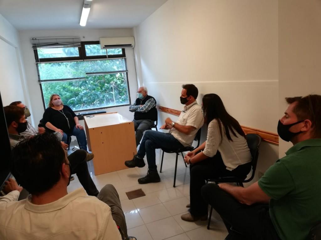 Importante reunión sobre la prohibición del uso de bolsas de polietileno en la ciudad
