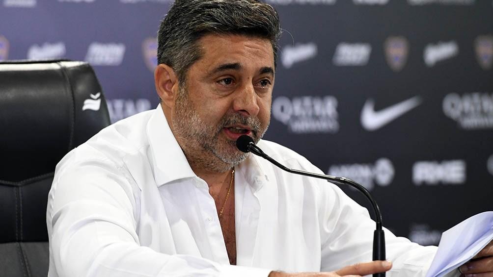 Daniel Angelici volvió a criticar a la dirigencia de Boca por supuesto maltrato a Carlos Tevez