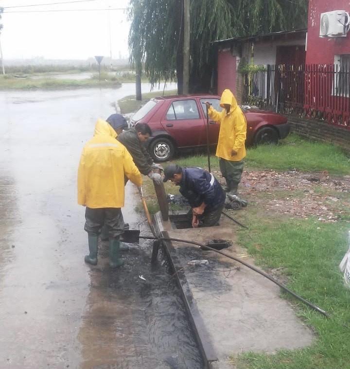 Intensos trabajos del personal municipal ante el fuerte temporal