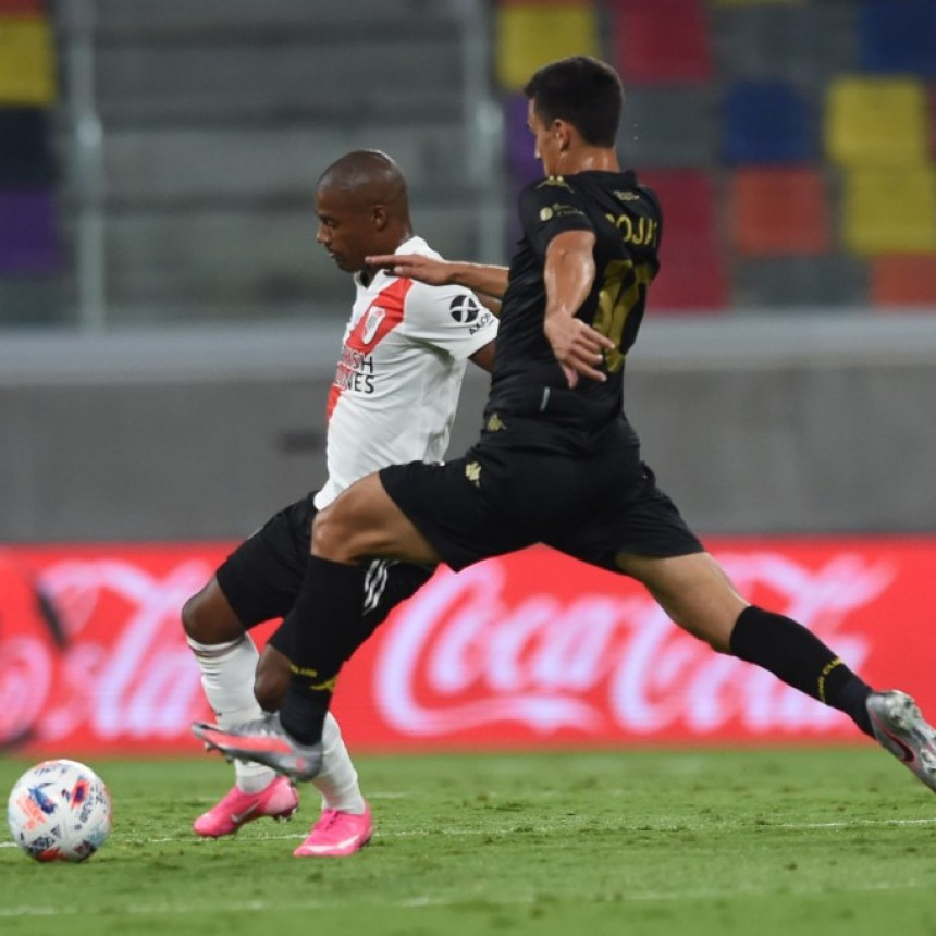 Goleada histórica de River Plate para llevarse la Supercopa Argentina
