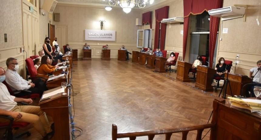 El debate por el vacunatorio VIP fue el tema central de la primera sesión del año del HCD