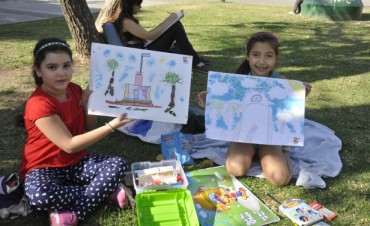 Más de 400 alumnos pintaron en homenaje a la Ciudad