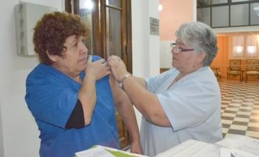 Se inició la Campaña de Vacunación Antigripal para empleados municipales
