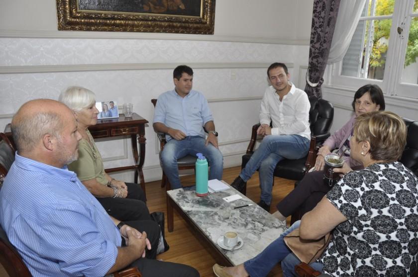 El Intendente acompaña los preparativos de los festejos por el centenario de la Escuela Normal
