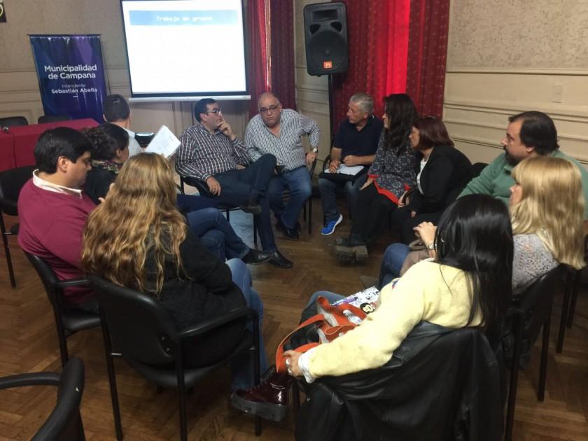 Funcionarios y empleados municipales participaron de una capacitación sobre Derechos Humanos