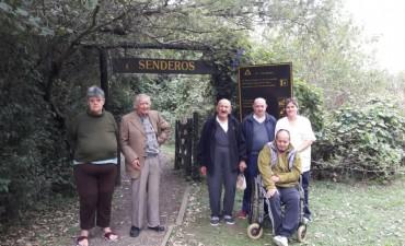 Residentes del Hogar de Ancianos pasearon por la ciudad