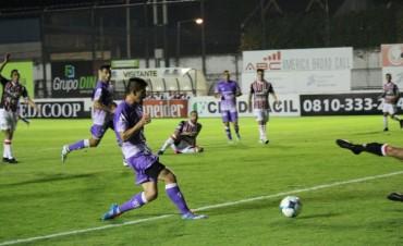 Villa Dálmine cayó derrotado ante Chacarita Juniors por 4 a 1